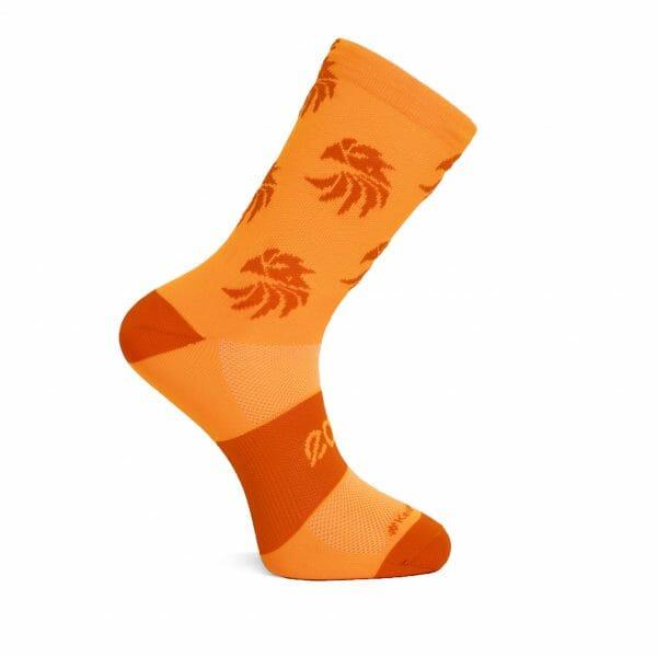 calcetines ciclismo naranja fluor
