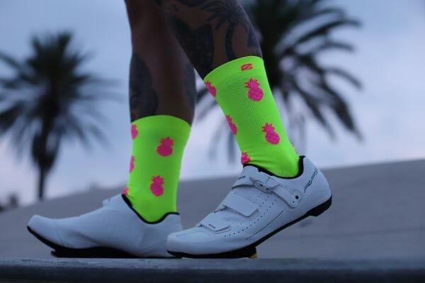 calcetines colores piñas