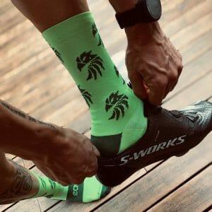 calcetin ciclismo verde fluor