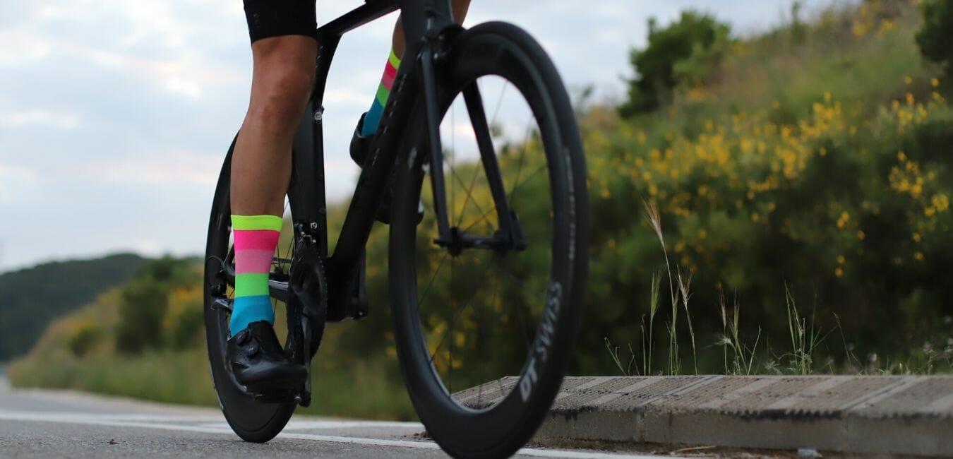 Diferencias entre calcetines de ciclismo y de running