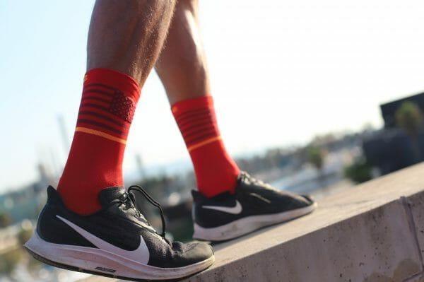 calcetines rojos running