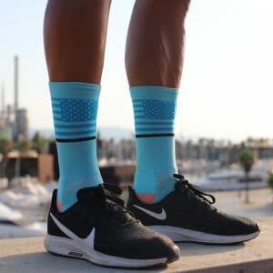 calcetines azules para running